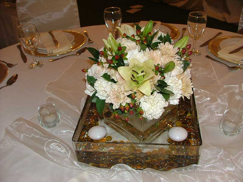 Guest table – glass squares
